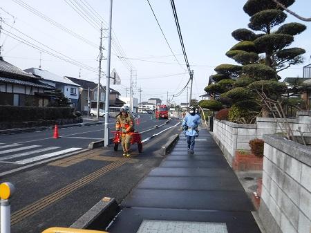 【写真】一般街区火災想定訓練の様子1