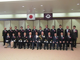 【写真】記念写真(三戸雅明会長代表受賞)