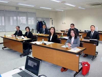 【写真】名張市議会総務企画委員会の皆様が聴講される様子。