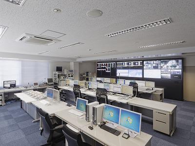 【写真】宇部・山陽小野田消防局の高機能消防指令センター