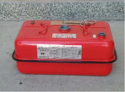 【写真】ガソリンを収納する容器の例